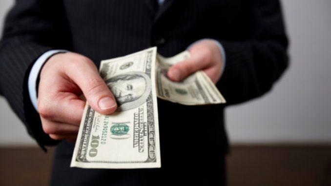 Выкупить долг у приставов