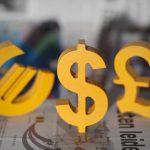 В какой валюте хранить деньги в 2018 году в России
