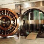 Сколько Российских банков закроется в 2017 году?